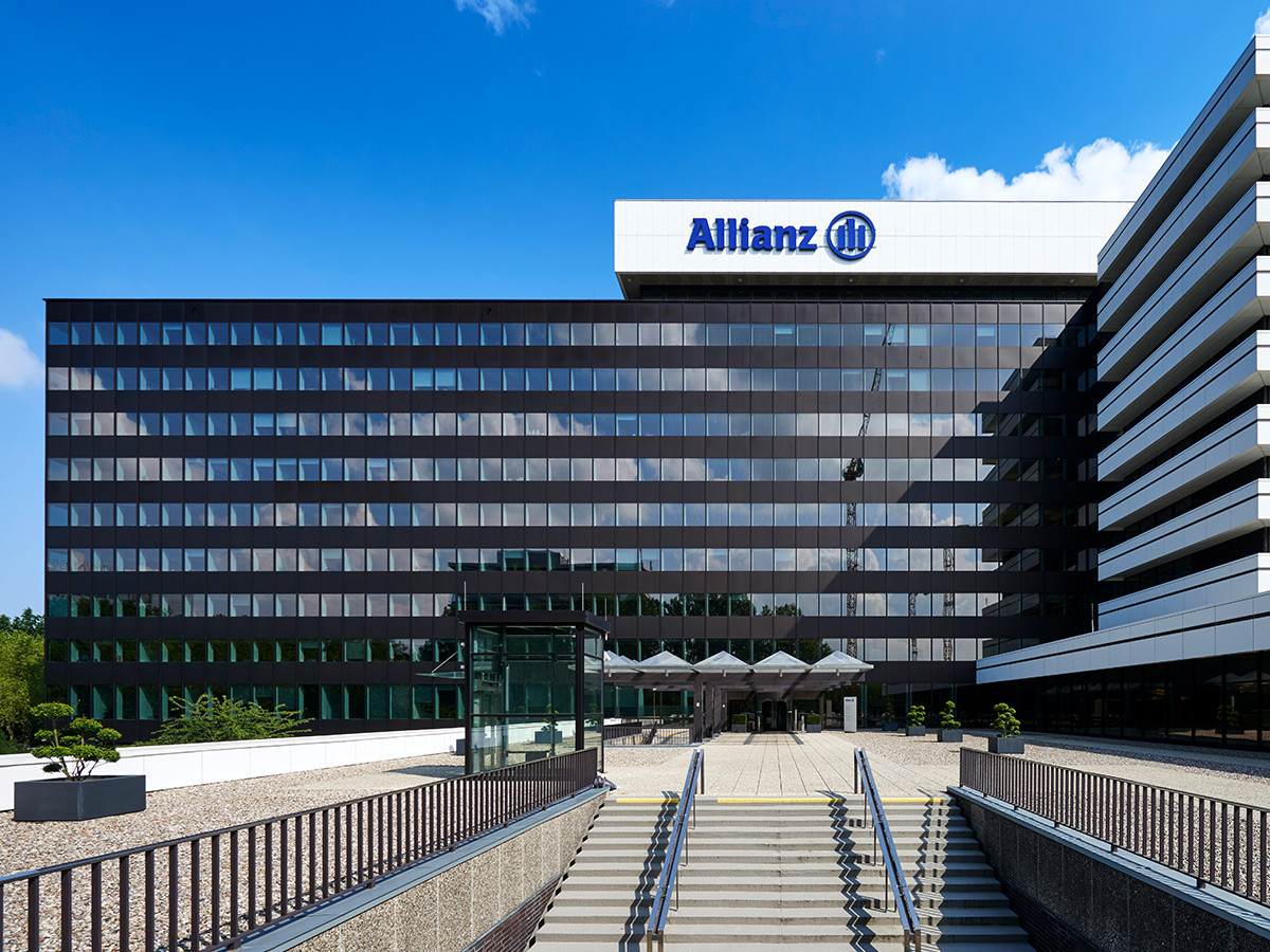 allianz dresden bank Contact allianz ireland by phone, email or post today call us on (01) 448 48 48 for more information on our product offerings.